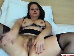 Brunette milf dildo and cumshot